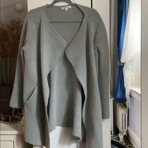 Gray color open front fall jacket/ sweater. Size L